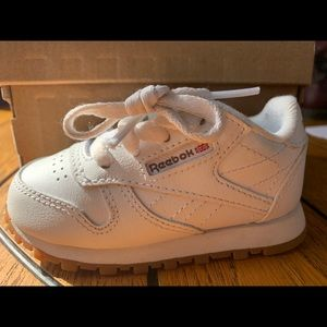 Toddler Reebok Classic shoes size 4